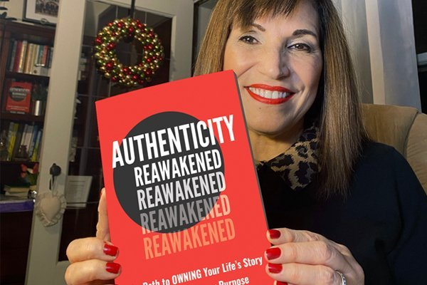 Episode 106: Vicki Znavor – The Danger of Lying to Ourselves & How We Can Live Authentic Lives